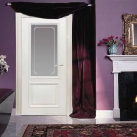 белые двери в квартире фото декора