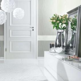 белые двери в квартире идеи