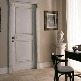 белые двери в квартире идеи оформление