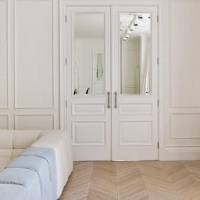 белые двери в квартире идеи оформления