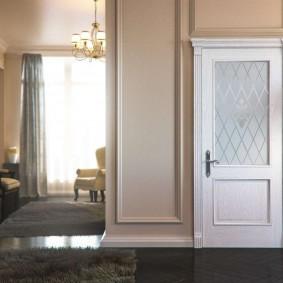 белые двери в квартире идеи фото