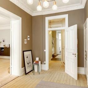 белые двери в квартире фото виды