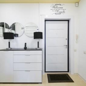 белые двери в квартире фото видов