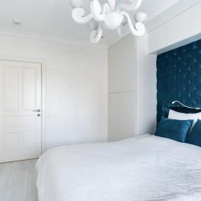 белые двери в квартире виды декора