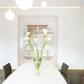 белый интерьер квартиры дизайн идеи