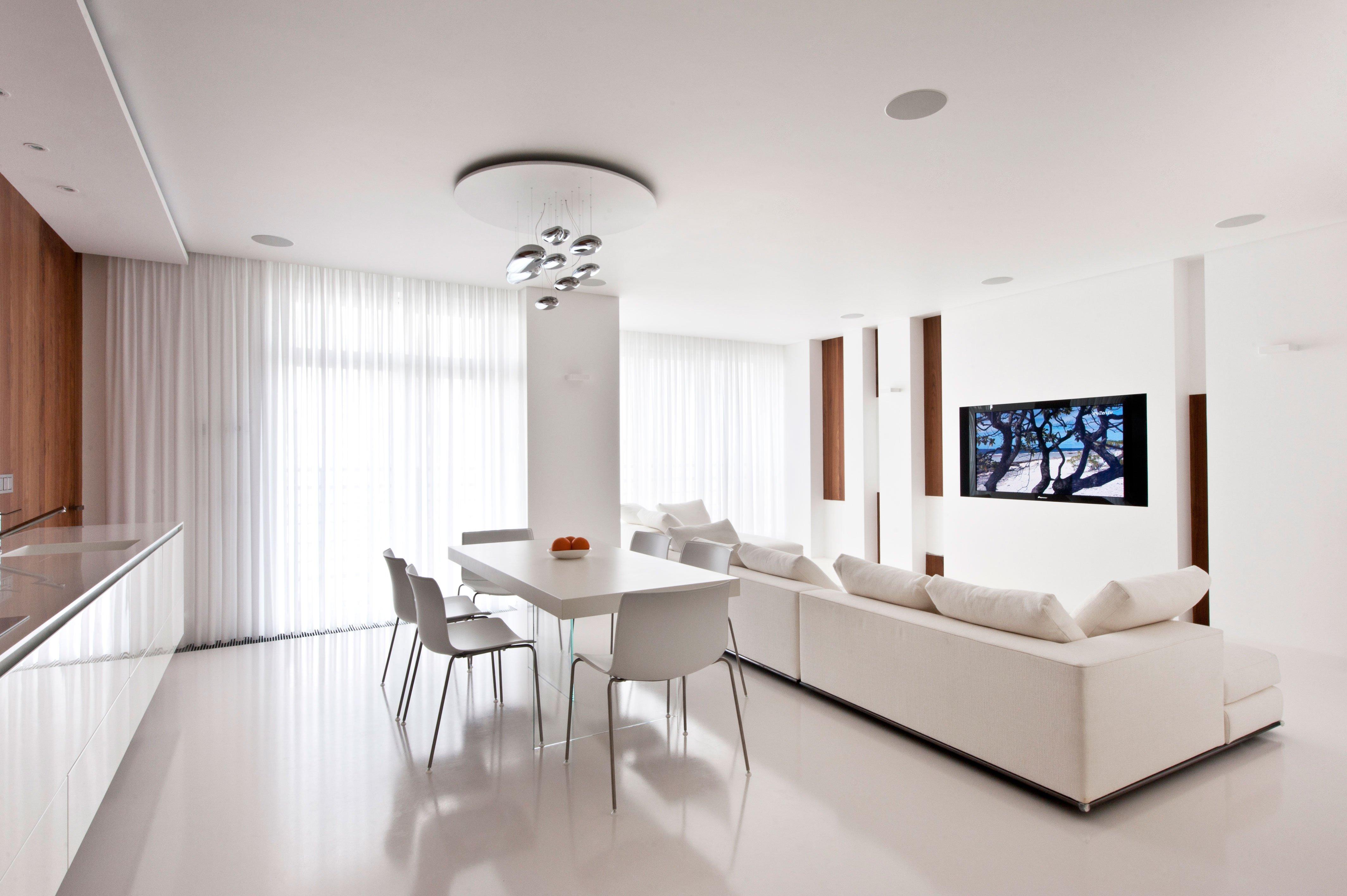 белый интерьер квартиры фото оформления