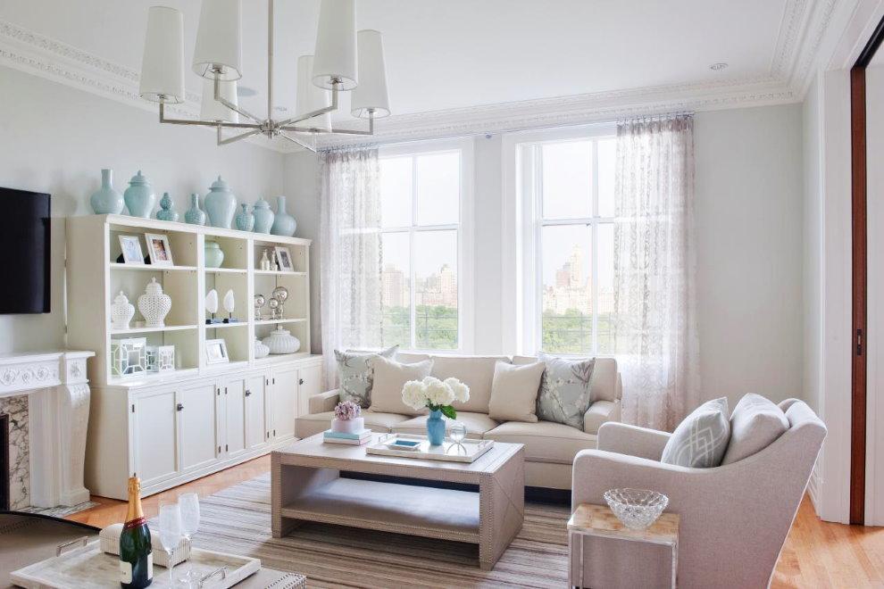 Оформление гостиной в деревенском стиле с белой мебелью