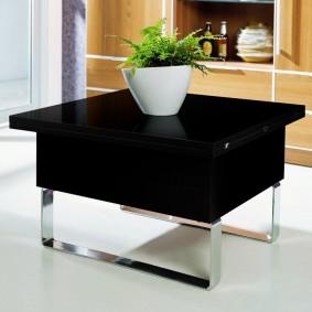 Раскладной стол в сложенном состоянии