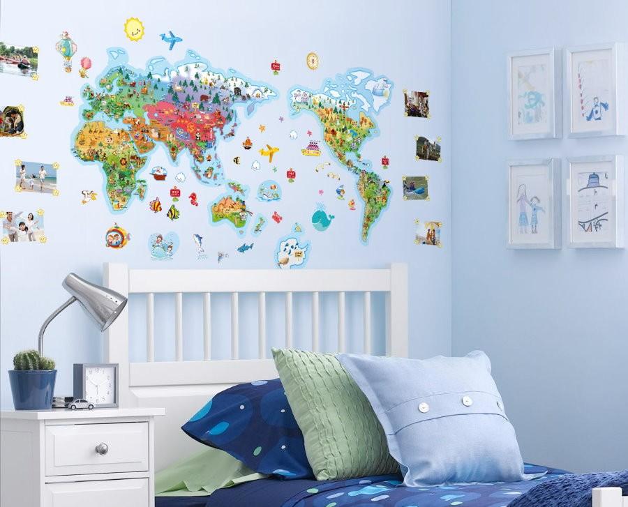 Красивый декор крашенной стены в детской