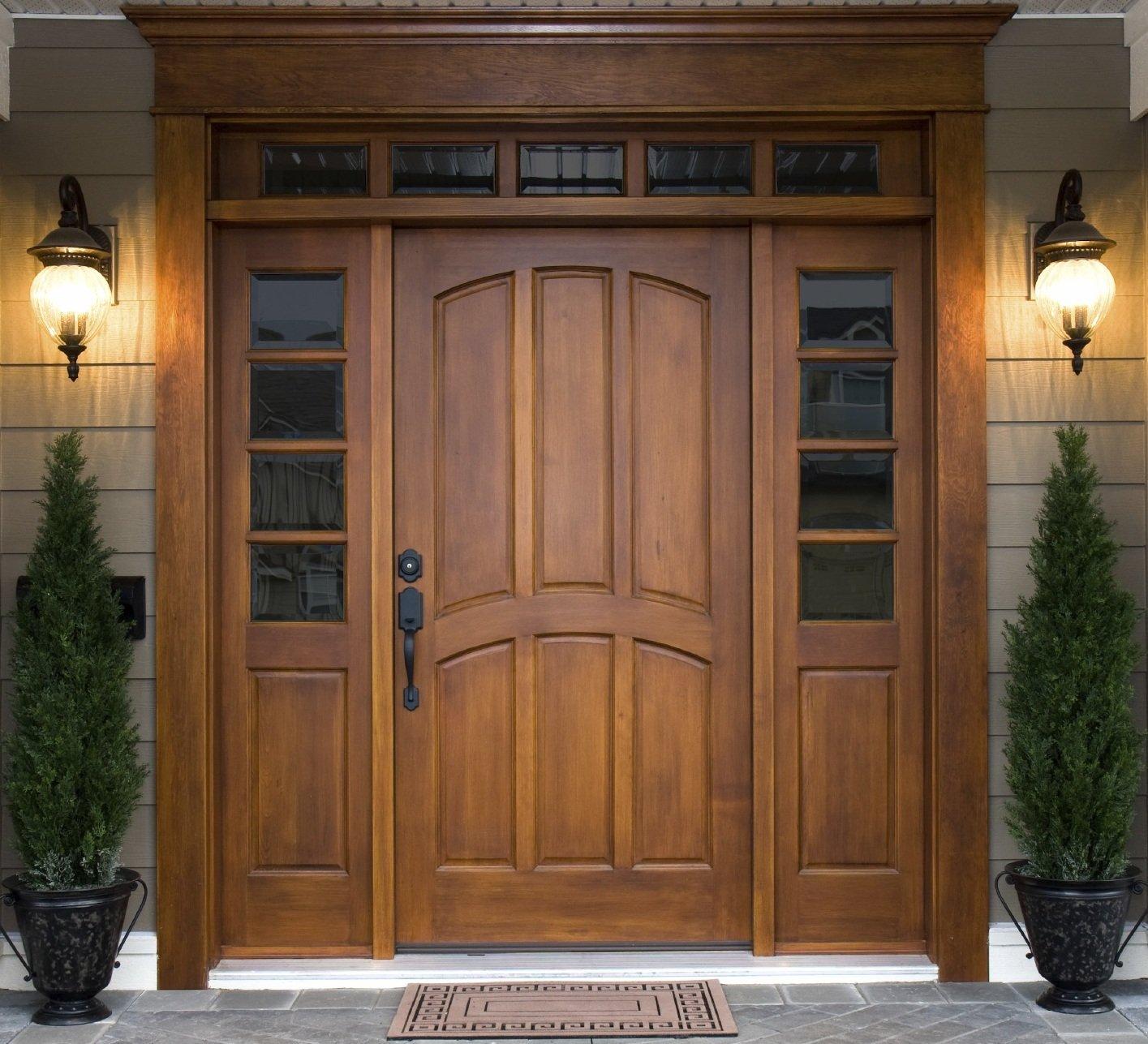 деревянная входная дверь фото идеи