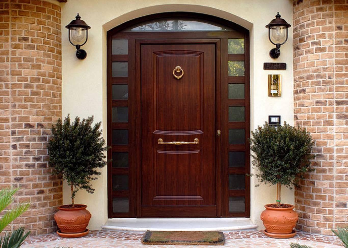 деревянная входная дверь идеи фото