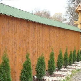 деревянный забор для участка фото