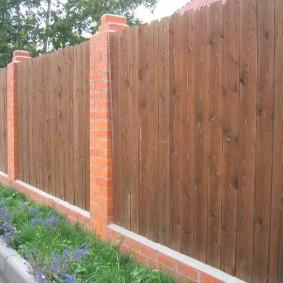деревянный забор для участка варианты фото