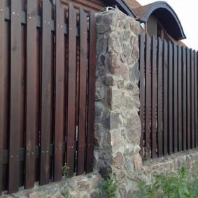 деревянный забор для участка идеи вариантов