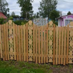 деревянный забор для участка фото виды