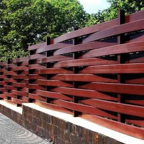 деревянный забор для участка фото видов