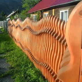 деревянный забор для участка виды идеи