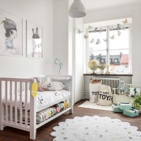 Узкая детская комната в скандинавском стиле