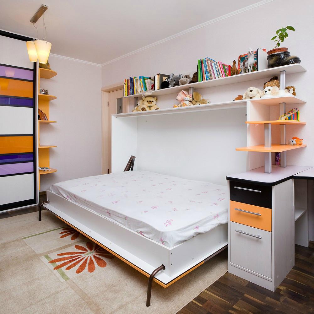 Откидная кровать в детской комнате хрущевки
