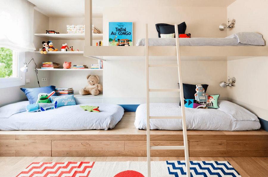 Организация спальных место для детей в однушке