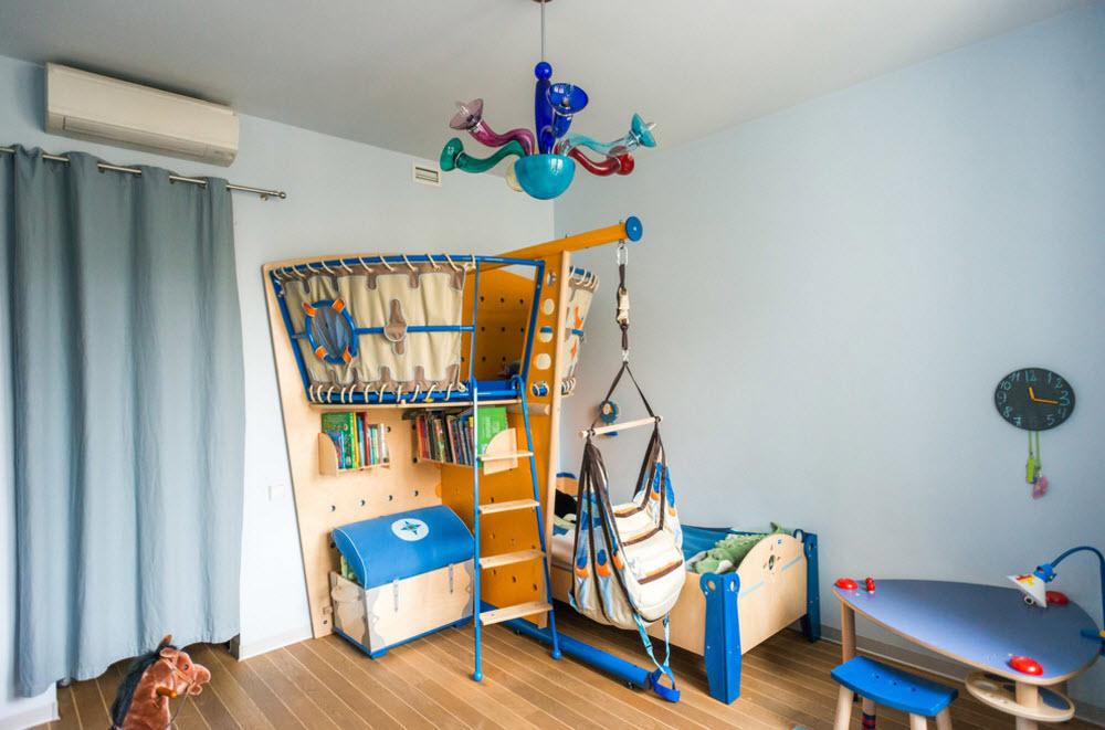 Детская комната с отделкой стен стеклообоями