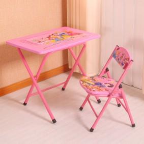 детские столики со стульчиком интерьер фото