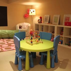 детский деревянный стульчик фото оформление