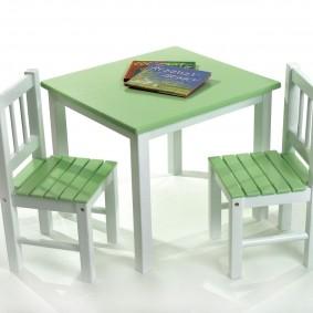 детский деревянный стульчик декор идеи