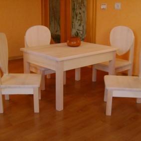 детский деревянный стульчик оформление идеи