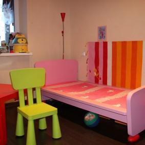 детский деревянный стульчик интерьер идеи