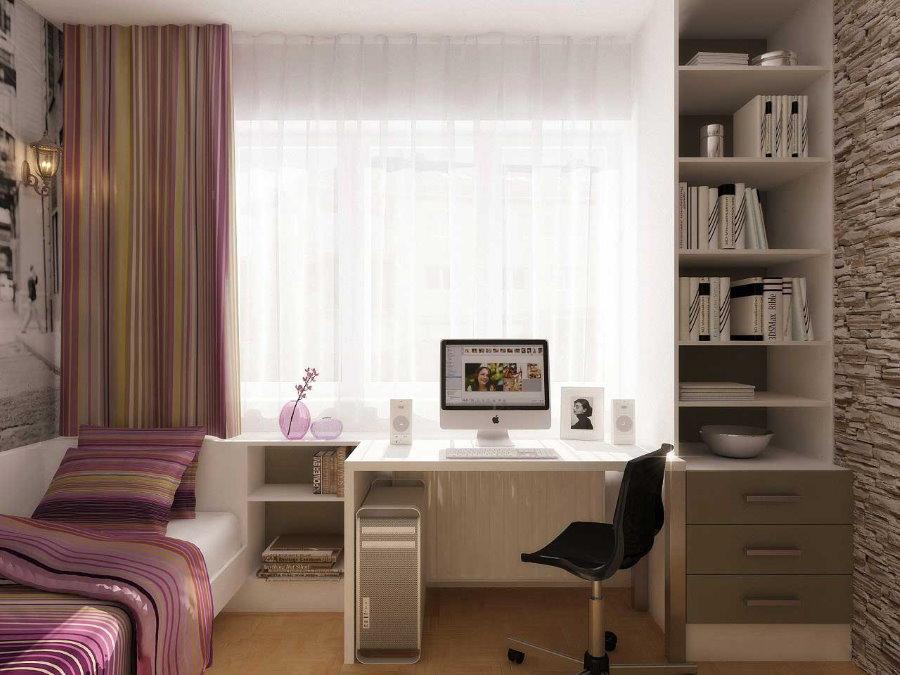 Компьютерный стол в комнате для школьника