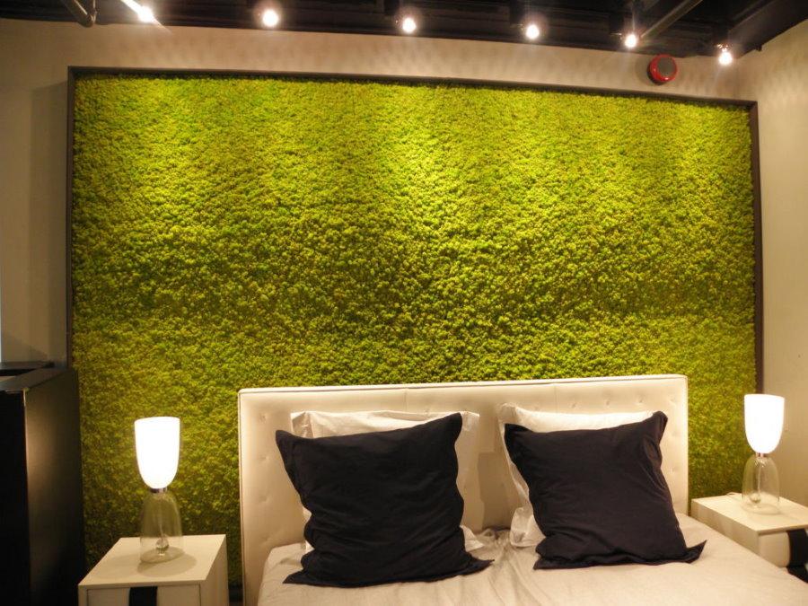 Вертикальное озеленение в интерьере спальной комнаты