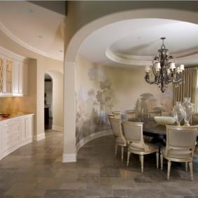 Художественная роспись в интерьере зала