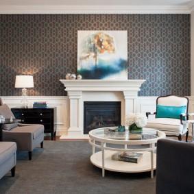 Фальш-камин в интерьере гостиной в квартире