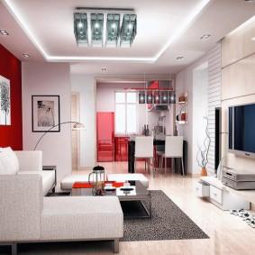 Модульные картины на красной стене