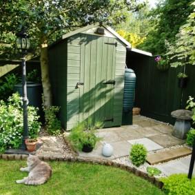 Летний туалет на садовом участке