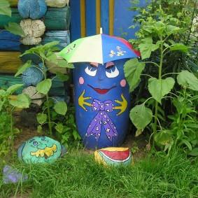 Декоративные элементы на садовом участке