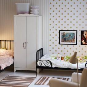 Уютная спальня для маленьких детей