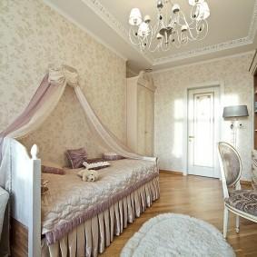 Кровать девочки с красивым балдахином