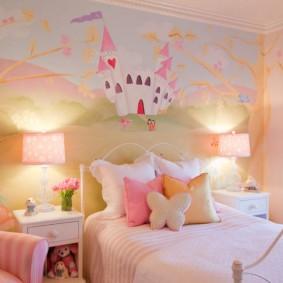 Сказочные фотообои в спальне ребенка