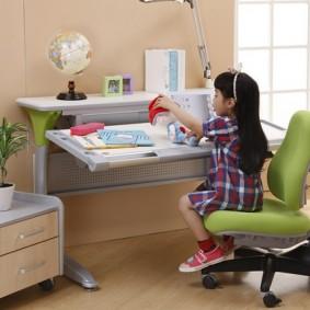 Мебель-трансформер для маленькой девочки