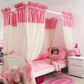 Удобная кровать для девочки дошкольного возраста