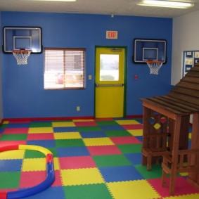 Спортивная комната для детей с мягким полом