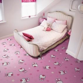 Ковролин розового цвета спальне девочки