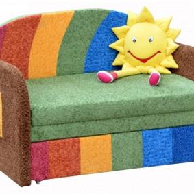 Раскладной диванчик в детскую спальню