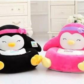 Кресла для малышей серии Пингвины