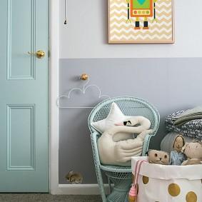 Декор стены в детской своими руками