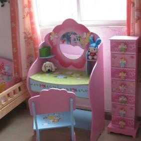 Детский стульчик из березовой фанеры