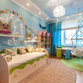 Кресло-гамак в спальне школьницы