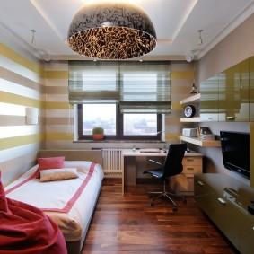 Небольшая детская комната с современной мебелью